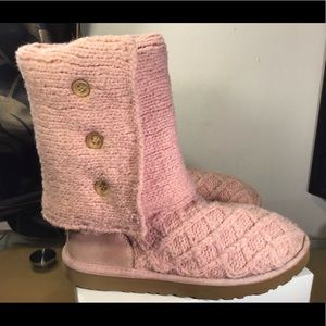 """UGG Australia SN 3066 """"Cardy"""" Classic Knit Boots."""